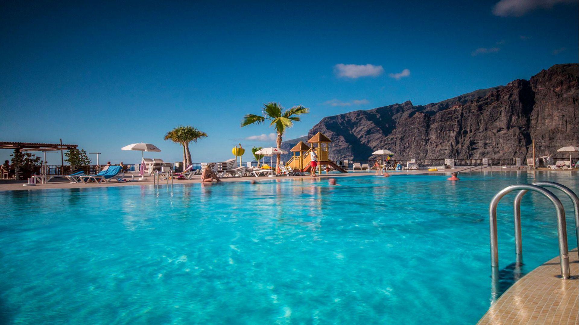 oasis piscina en los gigantes complejo tur sticio en